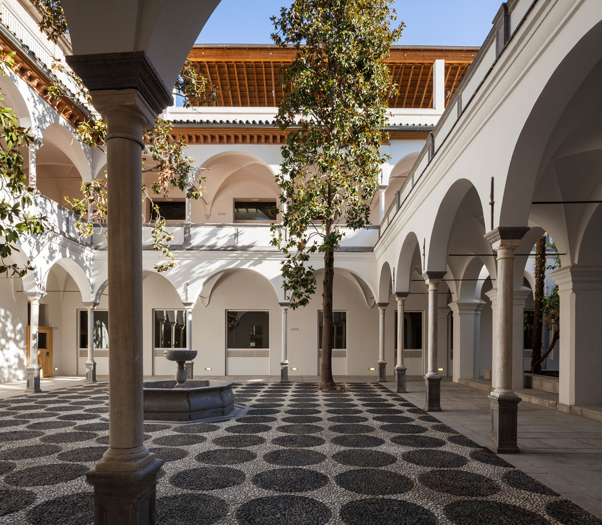 Blogfundamentos de hospital militar a escuela de for Facultad arquitectura