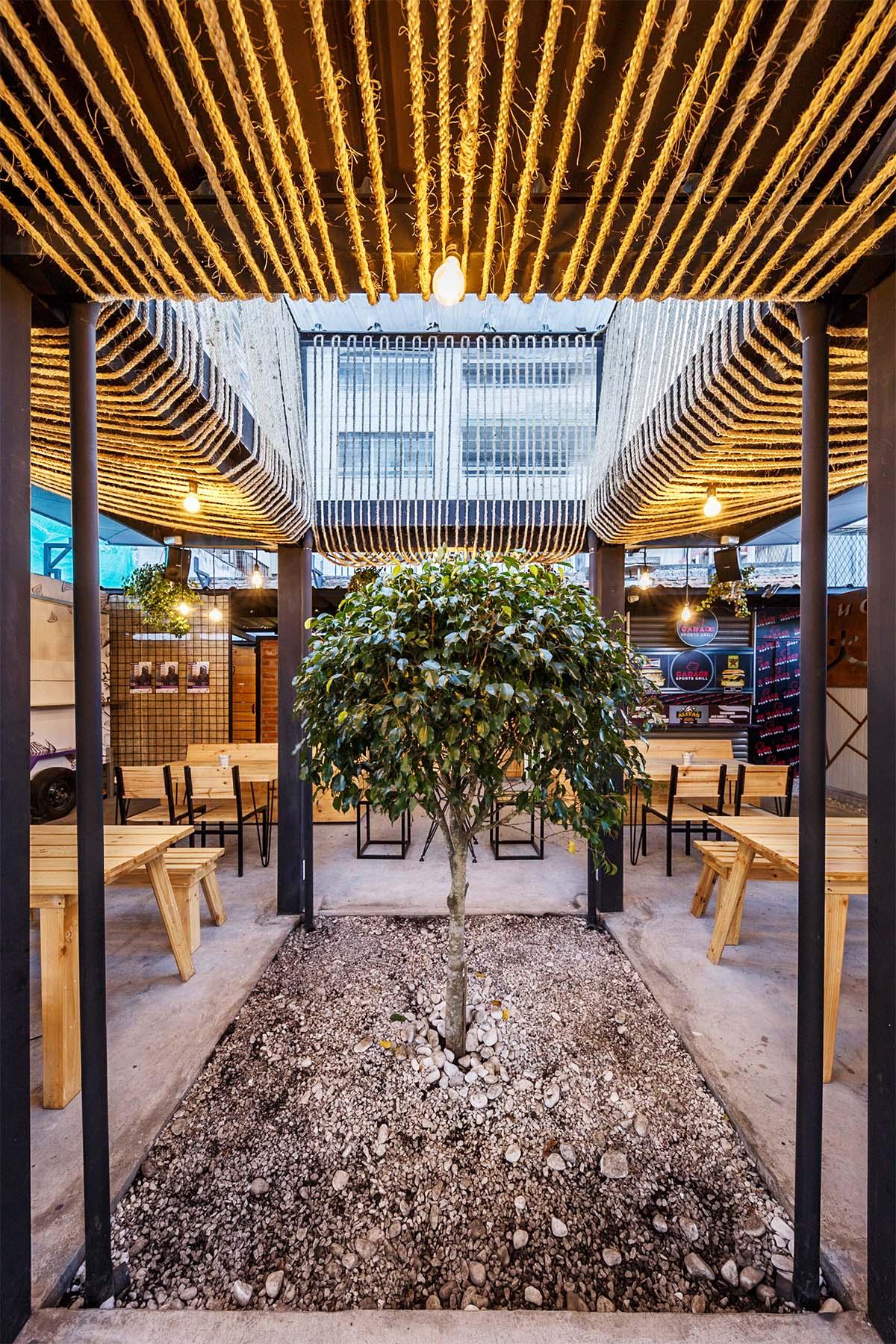 Gastrópolis Plaza Viva - patio